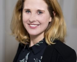 10 Fragen an PR-Assistentin / Social Media Managerin Elisabeth Raschka zu ihrem Karriereweg